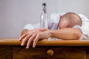 alcohol-428392_640