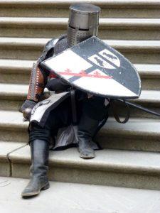 knight-1062126_640